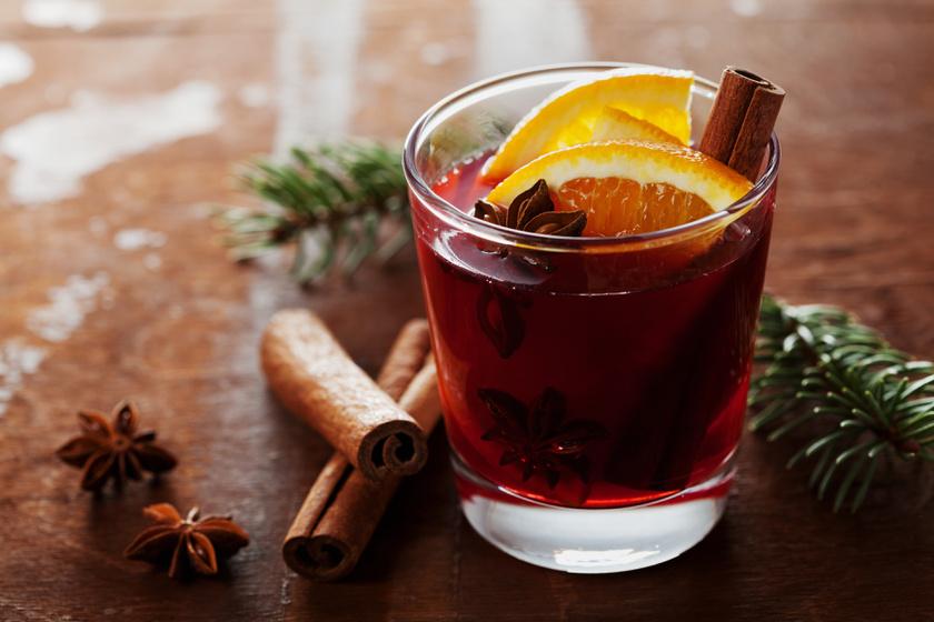 A legszuperebb karácsonyi italok, a likőröktől a puncsokig - Mindenre van receptünk