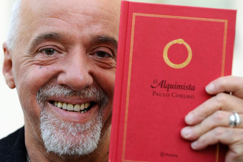 Irtó jóképű pasi volt fiatalon Paulo Coelho - A 71 éves író posztolta a képet