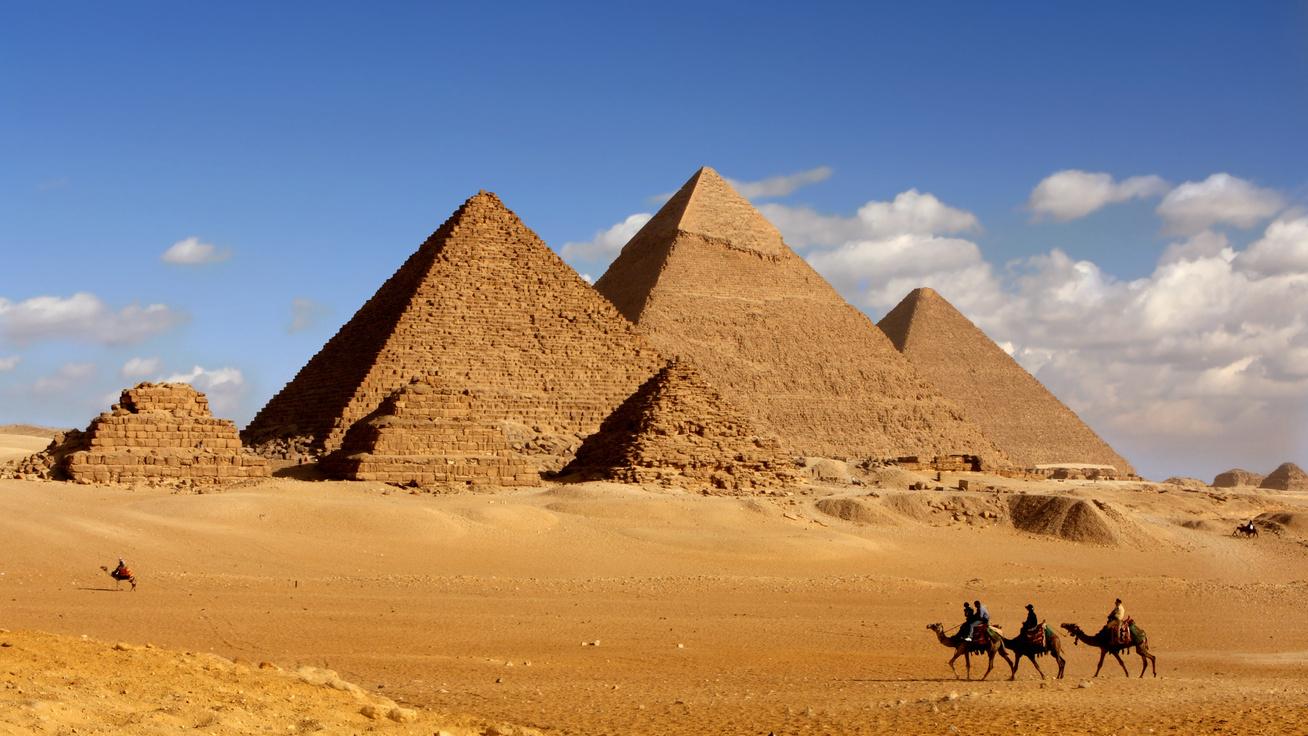 Egy bot és némi napsütés kellett a piramisépítőknek: így lett majdnem tökéletes a gigászi építmény