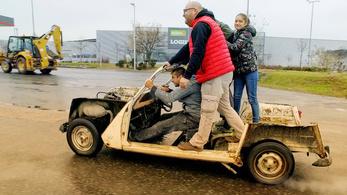 Az R4-es Renault-nak is jár még egy esély