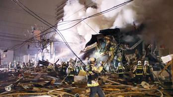 Robbanás egy japán étteremben, 42 sérült
