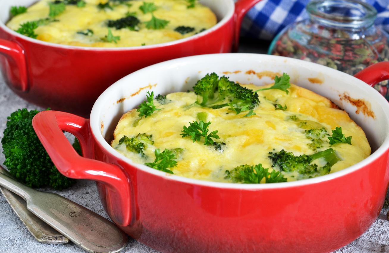 Dupla sajtos, rakott brokkoli: akár maradék hússal is feldobhatod