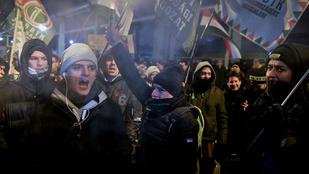 Élőben tudósítunk a kormányellenes demonstrációról