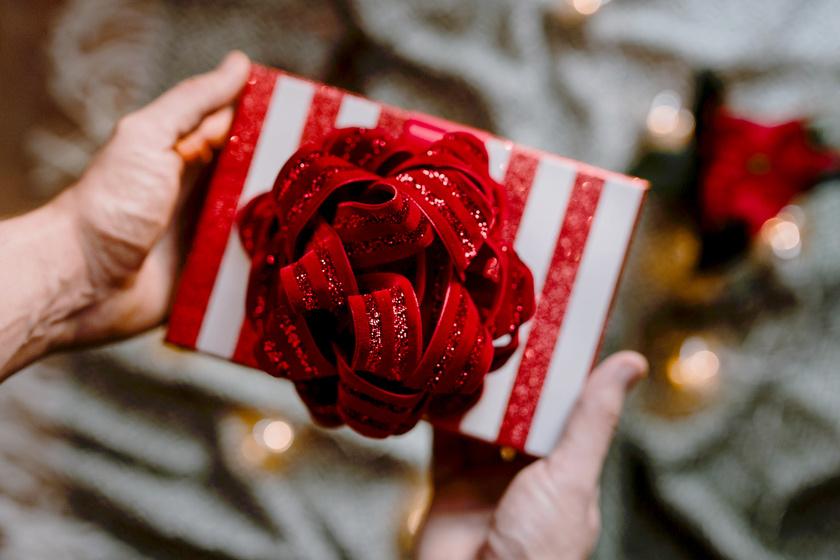 5 használható ajándékötlet karácsonyra, ha nem akarsz tárgyat adni
