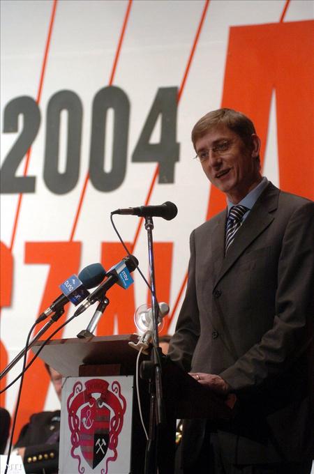 Gyurcsány Dorogon 2004-ben (Fotó: Kovács Attila)