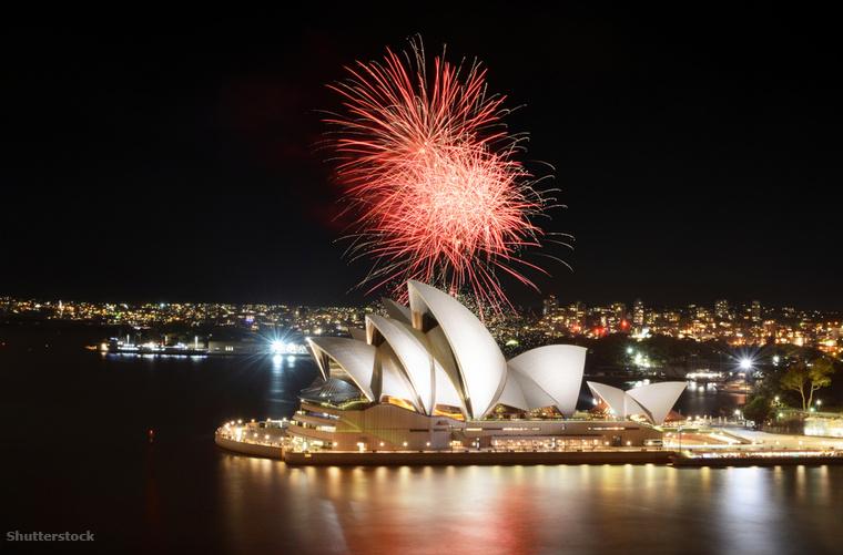 Számos okod lehet arra, hogy az új évet Sydney-ben köszöntsd, többek között a lélegzetelállító környezet és a tény, hogy az elsők között hagyhatod magad mögött az óévet