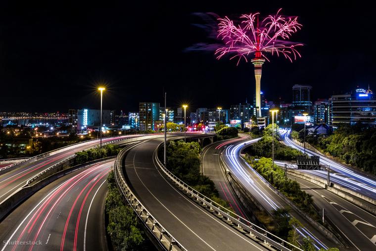 Ha nem vagy oda Sydney nyüzsgéséért, de mindenképpen az elsők között szeretnél lenni, akik átlépne az új évbe, az Új-Zélandi Auckland jó választás lehet