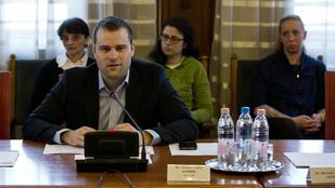 Lemond a jobbikos Staudt Gábor a parlamenti mandátumáról