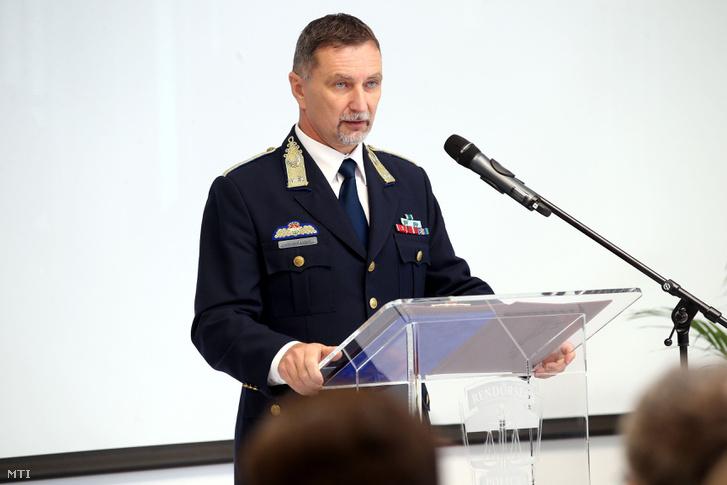 Balogh János országos rendõrfõkapitány