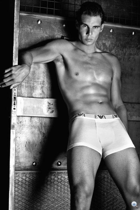 Rafael Nadal az Emporio Armani reklámjában
