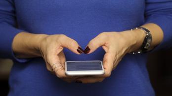 Félpercenként zaklatják a nőket a Twitteren