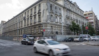 Mégiscsak lebonthatják a Duna-parti Radetzky-laktanyát?