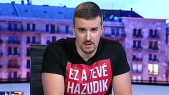 Páratlan csörte alakult ki a jobbikos képviselő és a Hír TV riportere között