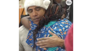 Beteg gyerekek karácsonyát úgy kell bearanyozni, ahogy Barack Obama csinálja