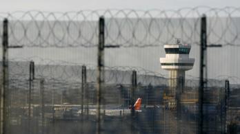 Budapesti járatot is törölni kellett a Gatwicken a drónkáosz miatt