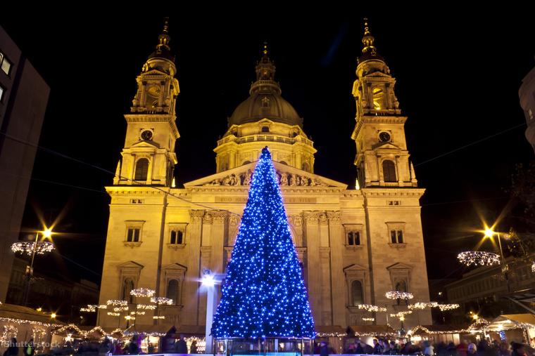 De ha nem utaznál, akkor sincs semmi baj, hiszen a mi karácsonyi vásáraink is olyanok, hogy a külföldi hasonló válogatásokban rendre feltűnnek