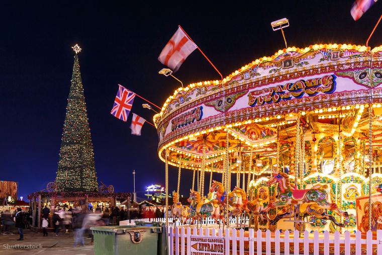 Londonban sincs sok esély a havas karácsonyra, ez viszont nem tartja vissza őket, hogy minden évben a Hyde Parkban egy gigantikus vidámparknak is beillő karácsonyi őrületet tartsanak