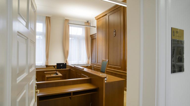 Vesztettek Strasbourgban a kényszernyugdíjazott magyar bírók