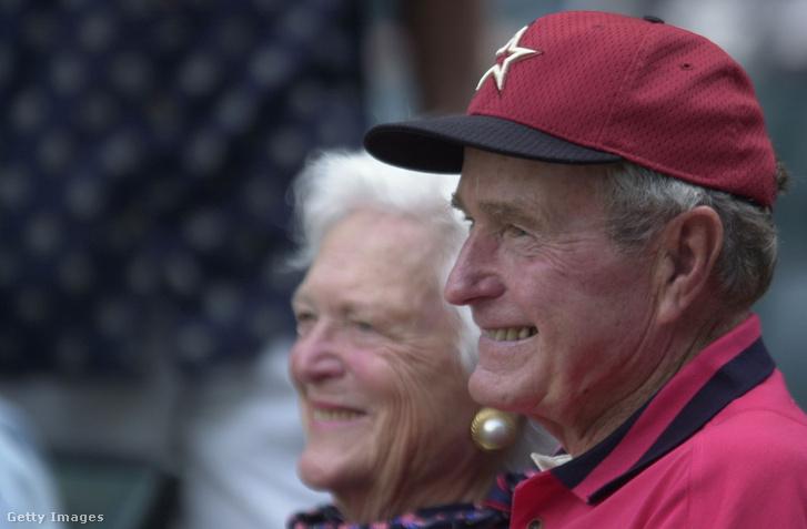 George H. W. Bush 2001-ben