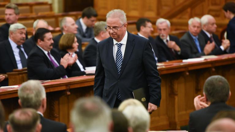 Egy miniszter vezeti a Fidesz EP-listáját