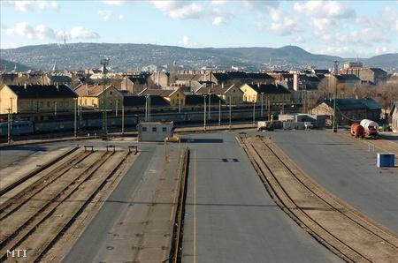 A Józsefvárosi pályaudvarról az utolsó személyvonat 2005 decemberében indult el (Fotó: Koszticsák Szilárd)
