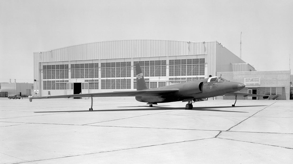 U-2 Spy Plane With Fictitious NASA Markings - GPN-2000-000112