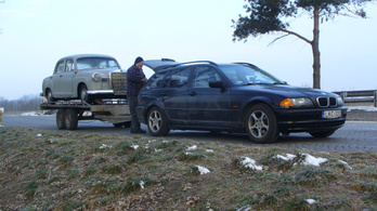 Összebútorozhat a BMW és a Mercedes