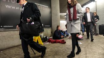 Meghalt egy magyar hajléktalan férfi a Westminsternél