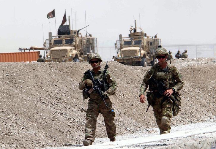 Amerikai katonák a dél-afganisztáni Kandahárban