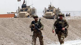 Afganisztánból is kivonja csapatait Trump