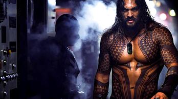 Az Aquaman egy rohadt hosszú dezodorreklám