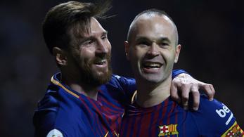 Iniesta: Messi remek középpályás lesz majd