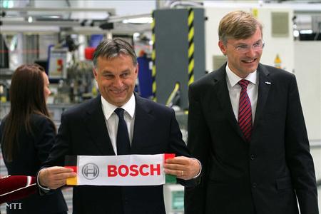 Orbán Viktor miniszterelnökés Wolf-Henning Scheider, a Robert Bosch GmbH igazgatótanácsának tagja