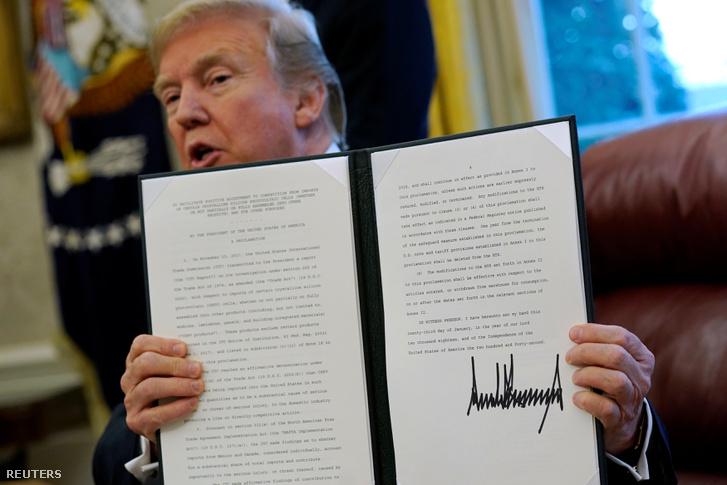 Trump januárban a mosógépekre és napelemekre vetett ki védővámot