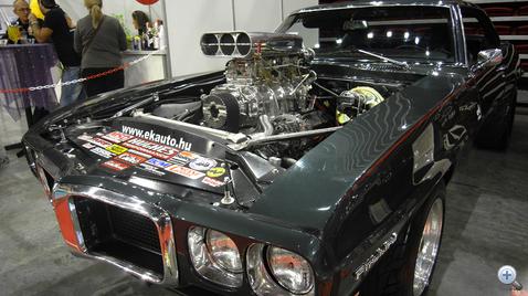 Pontiac Firebird ProStreet kompresszorral, 6-700 lóerő mérés előtti teljesítménnyel