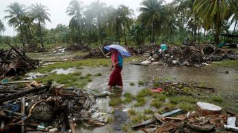 Legalább 430 halottja van az indonéziai cunaminak