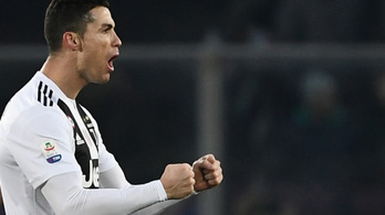 Ronaldo a kispadról beszállva mentette meg a Juvét