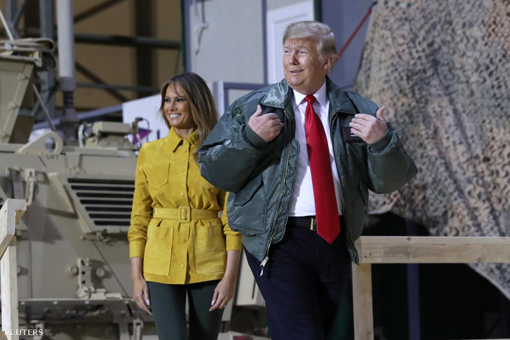 Donald és Melania Trump az el-Aszad-légibázison 2018. december 26-án
