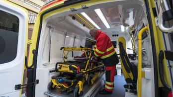 Több mint ötezerszer riasztották a mentőket karácsonykor