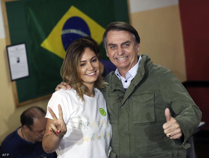 Jair Bolsonaro és felesége Michelle, Rio de Janeiro-ban 2018. október 28-án