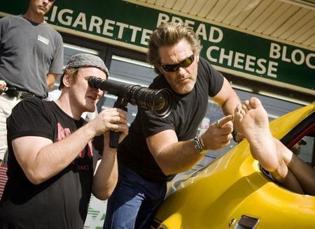 Tarantino és kurt Russell a Halálbiztos forgatásán