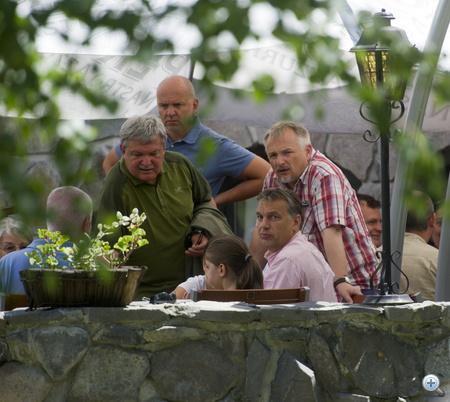 Orbán Viktor, Csányi Sándor, Hernádi Zsolt és Világi Oszkár az idei tusnádfürdői találkozón