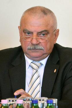 Eiselt György