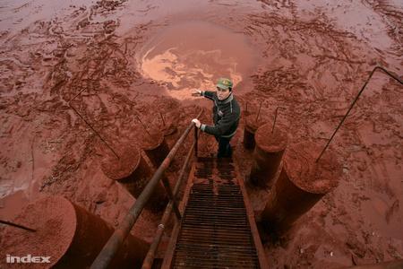 """""""A vörösiszap-tározó gátja az erő szimbóluma"""" - mondta tavaly Bakonyi Zoltán a MAL vezetője"""