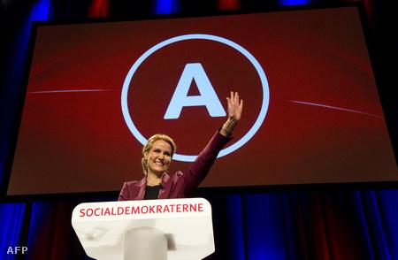 Helle Thorning-Schmidt választási központjában ünnepli győzelmüket