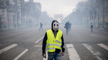 Történelmi kézfogások, drámai mentőakció, újszerű tüntetések