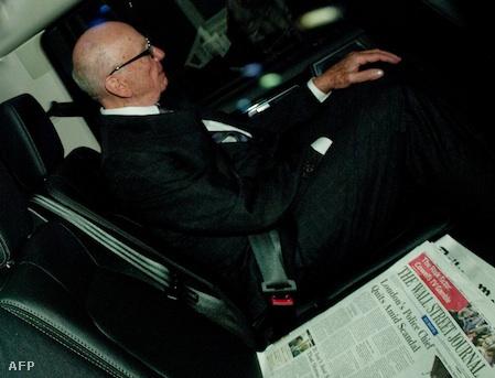 Ruper Murdoch a Wall Street Journallal