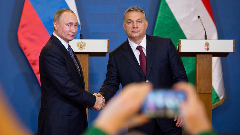 Orbán a Kreml jókívánságainak első körébe került