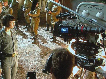 Hagyományos Panavision kamera az Indy 4 forgatásán (forrás: Paramount)