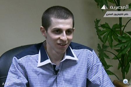 Salit az egyiptomi tv adásában, kiszabadulása után